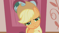 Confused Applejack is confused S01E04
