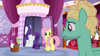 Fluttershy wishing Zephyr good luck S6E11