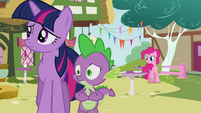 Pinkie Pie telling her idea to Twilight and Spike S3E03