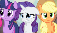 Twilight, Rarity, and Applejack confused S5E1