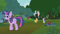 Going back to clean the mess before princess arrives S01E10