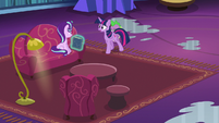 Twilight Sparkle asks for an explanation S6E21