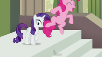 "Pinkie Pie jumps while spelling Maud's name ""M"" S6E3"