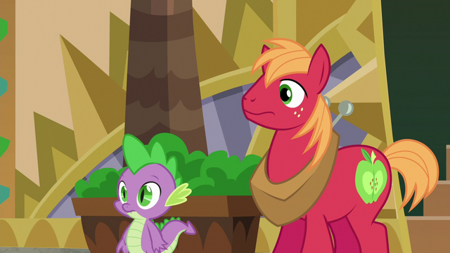 File:Big McIntosh and Spike looking at Discord S6E17.png