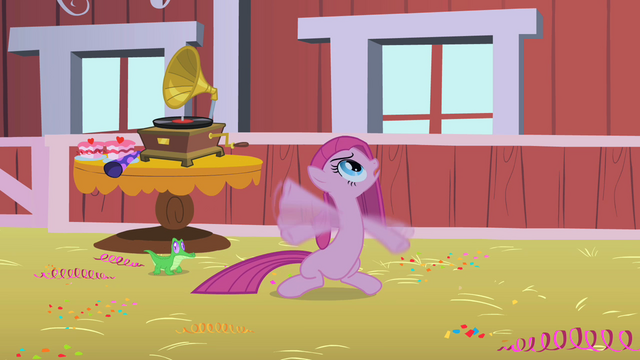 File:Pinkie Pie waving her hooves S1E25.png
