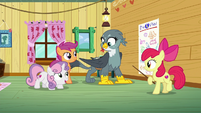 """Sweetie Belle singing """"like a racer at the starting line"""" S6E19"""