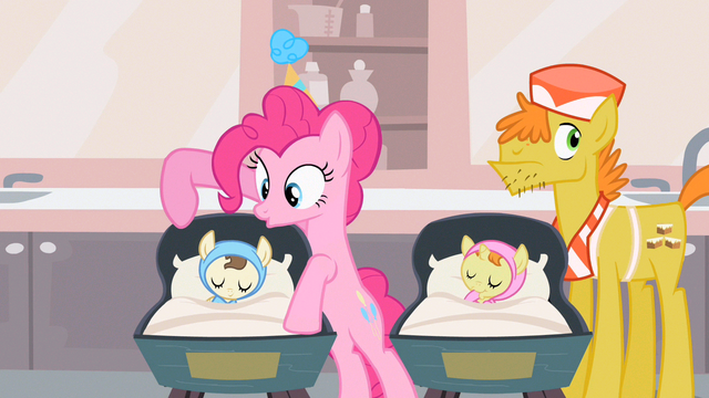 File:Pinkie Pie to you S2E13.png