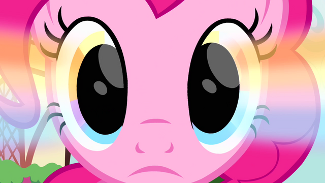 File:Rainbow glow in Pinkie's eyes S4E12.png