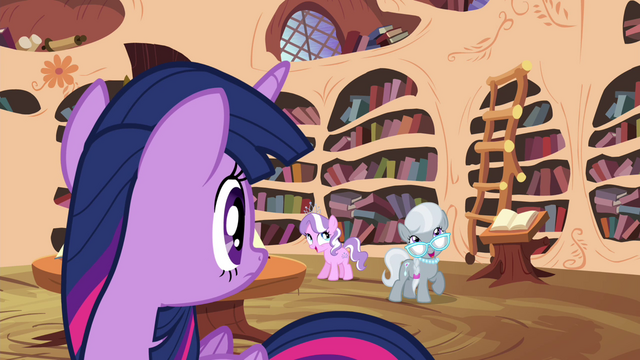 File:Twilight looking at Diamond Tiara and Silver Spoon S4E15.png