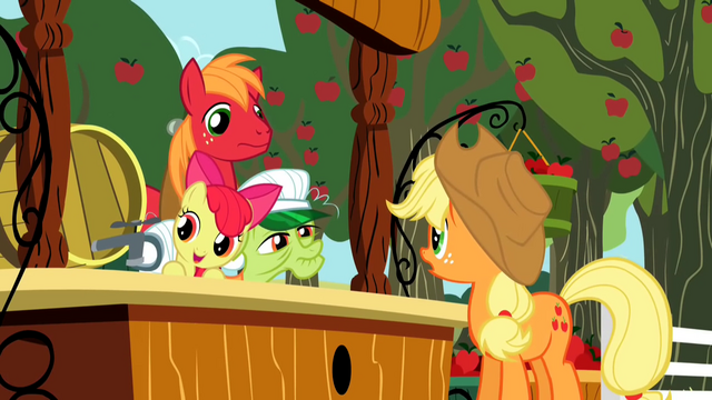 File:Applejack looking at family S2E15.png