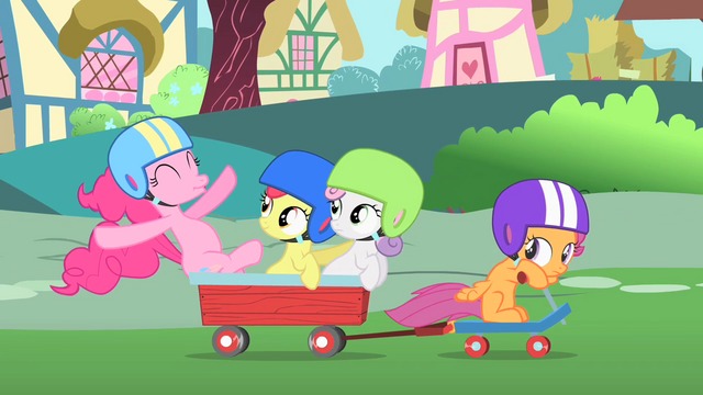 File:Pinkie Pie riding with the CMC S1E23.png