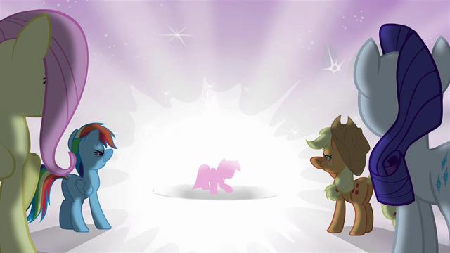 File:Twilight inside bright light S03E13.png