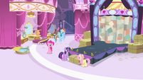 Rarity's friends in the boutique S4E13