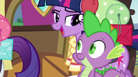 Twilight saying goodbye to Spike S6E17