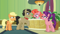 """Filthy Rich """"can't seem to find Granny's room"""" S6E23"""