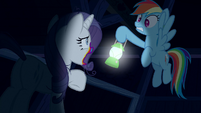 Rainbow scared of zombie Rarity S6E15