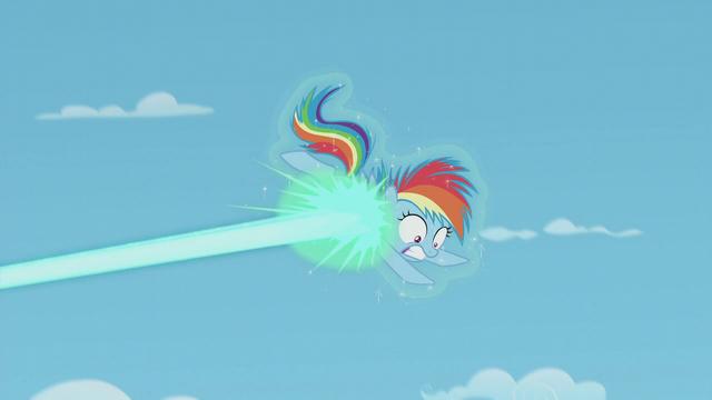 File:Starlight's magic disabling Rainbow Dash S5E25.png