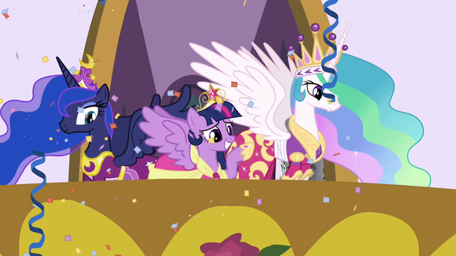 File:Twilight waving to the ponies S03E13.png