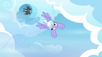 Cloudchaser flying S3E07