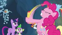 Pinkie Pie shaking Boneless S4E25