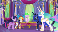 Rarity, Spike, and the other Princesses look at Twilight S6E5