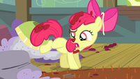 Apple Bloom shakes off spaghetti sauce S4E17
