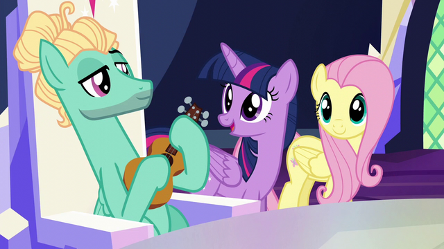 """File:Twilight Sparkle """"this looks amazing!"""" S6E11.png"""
