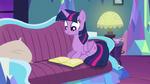 Twilight reading a book S5E12
