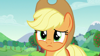 Applejack fears she lost Rara as a friend S5E24