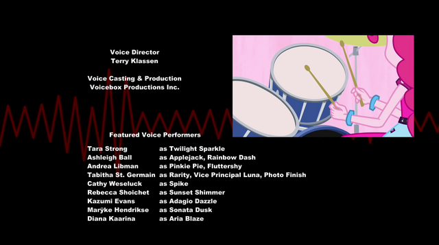 File:Pinkie playing drums during credits EG2.png
