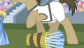 Dr. Hooves knocks over arrow bucket S4E24.png