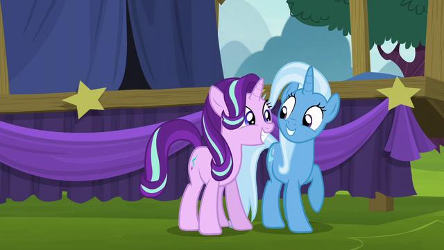 File:Starlight Glimmer and Trixie happy S6E6.png