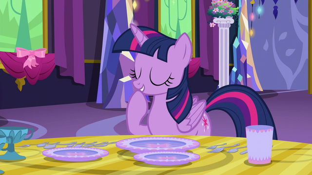 File:Twilight Sparkle giggling to herself S6E6.png