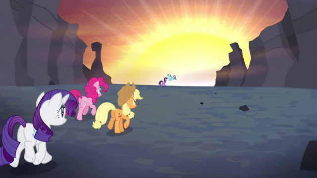 File:Main ponies back trotting to Ponyville S4E16.png