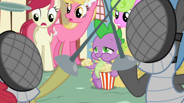 File:Spike eating popcorn S2E06.png