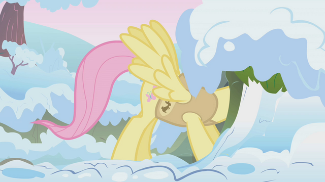 File:Fluttershy waking up woodland critters S1E11.png