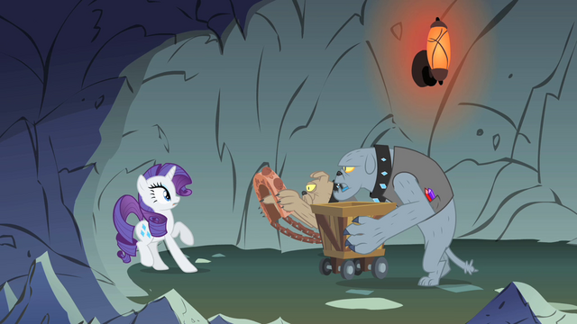 File:Rarity not wanting to wear the harness S1E19.png