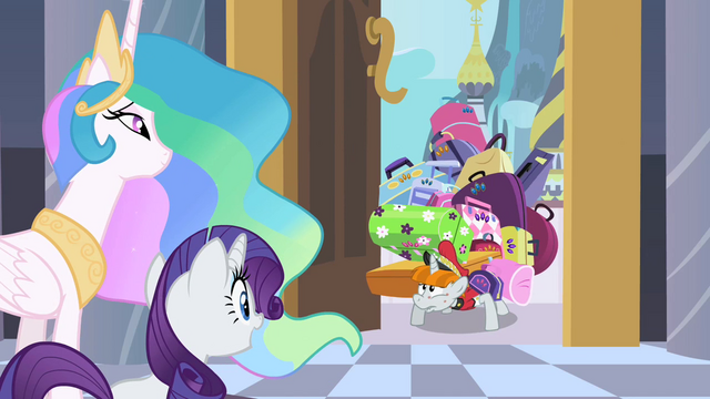 File:Bellhop with Rarity's luggage S2E09.png