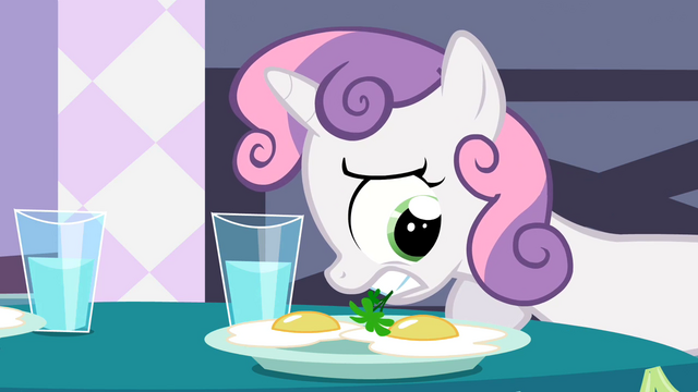 File:Sweetie Belle Garnish 3 S2E5.png
