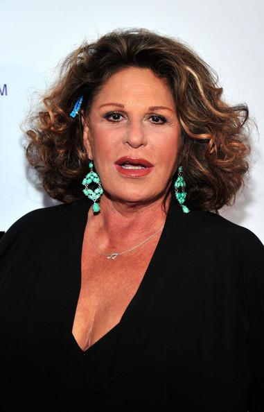 Lainie Kazan | Modern Family Wiki | Fandom powered by Wikia