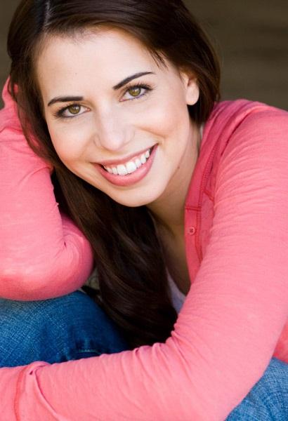 laura bailey voice actress - photo #8