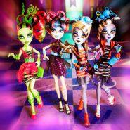 Diorama - zombified four