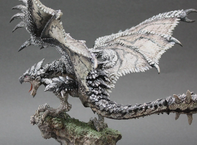 File:Capcom Figure Builder Creator's Model Silver Rathalos 005.jpg