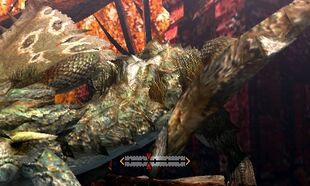 MH4U-Rathian Back Break 002