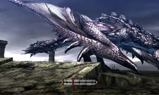 MH4U-Silver Rathalos Right Wing Break 001