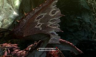 MH4U-Pink Rathian Left Wing Break 002