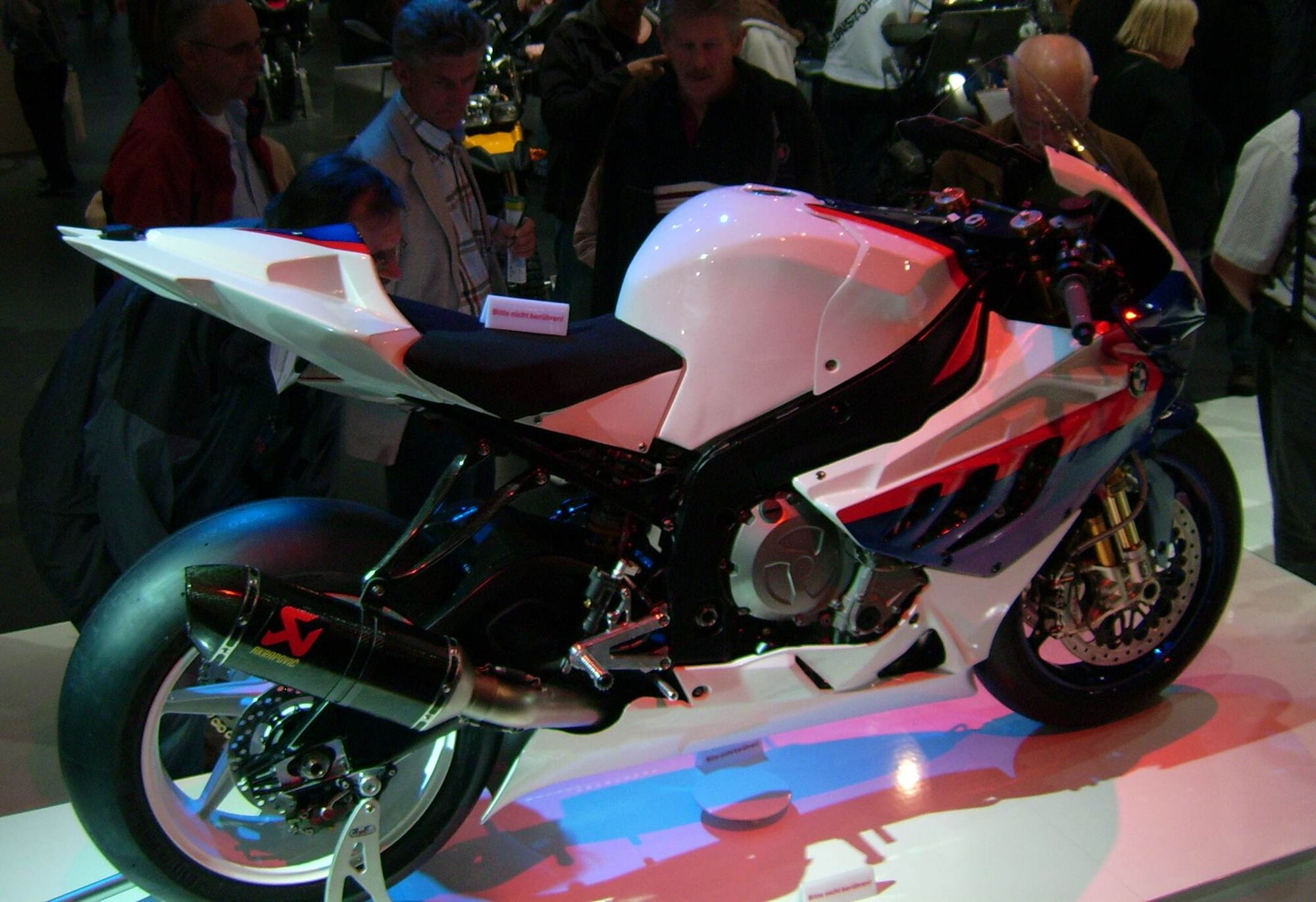 File:BMW S 1000 RR, right view.jpg - Wikimedia Commons