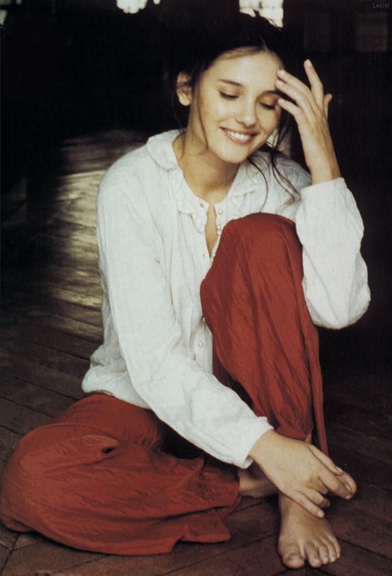 Archivo:Virginie-Ledoyen-Feet-404404.jpg   Wiki Mujeres ...