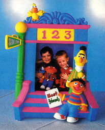 Enesco 1993 bert ernie photo frame