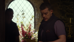 MMW extended cut 1.31.00 extra line from Russell Tovey